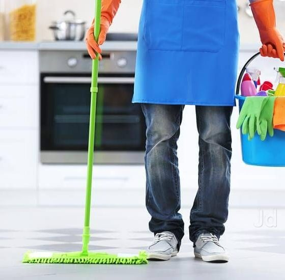 Things you need to consider while hiring cleaning team for your company