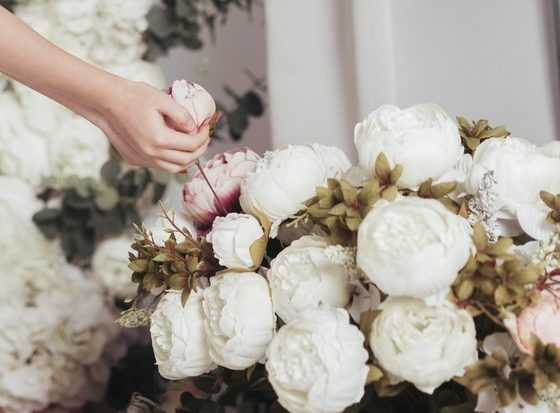 Why to choose flowers as gift